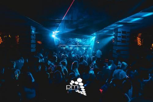SA 09.11. 90er 6 2000er Party-90